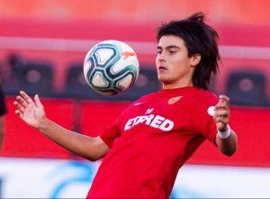 """El """"Messi Mexicano"""" no es el único: Recordamos a los jugadores que han preferido a otras selecciones por encima del Tri"""