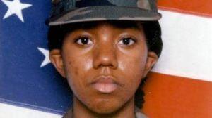 Ejército de EEUU alega que LeVena Lynn se suicidió en Irak, pero familia insiste en que fue violada y asesinada