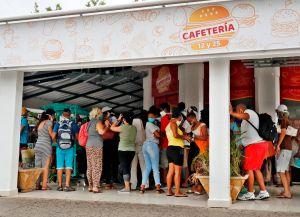 Estados Unidos prohíbe enviar remesas a Cuba usando empresas controladas por militares