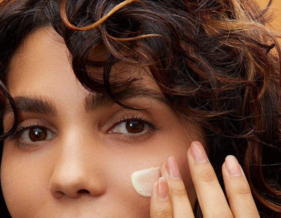 Las mejores cremas con vitaminas para verte más joven y mejorar el aspecto de tu piel