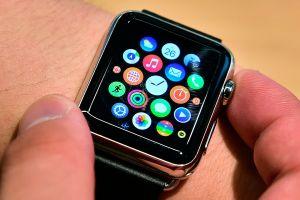 Detección de caídas d Apple Watch salva la vida a un abuelito