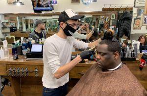 Gobernador Cuomo confirma que NYC iniciará Fase 2 de reapertura el lunes