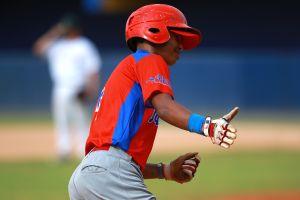Acusan a equipos de Ligas Mayores de explotación infantil en academias de República Dominicana