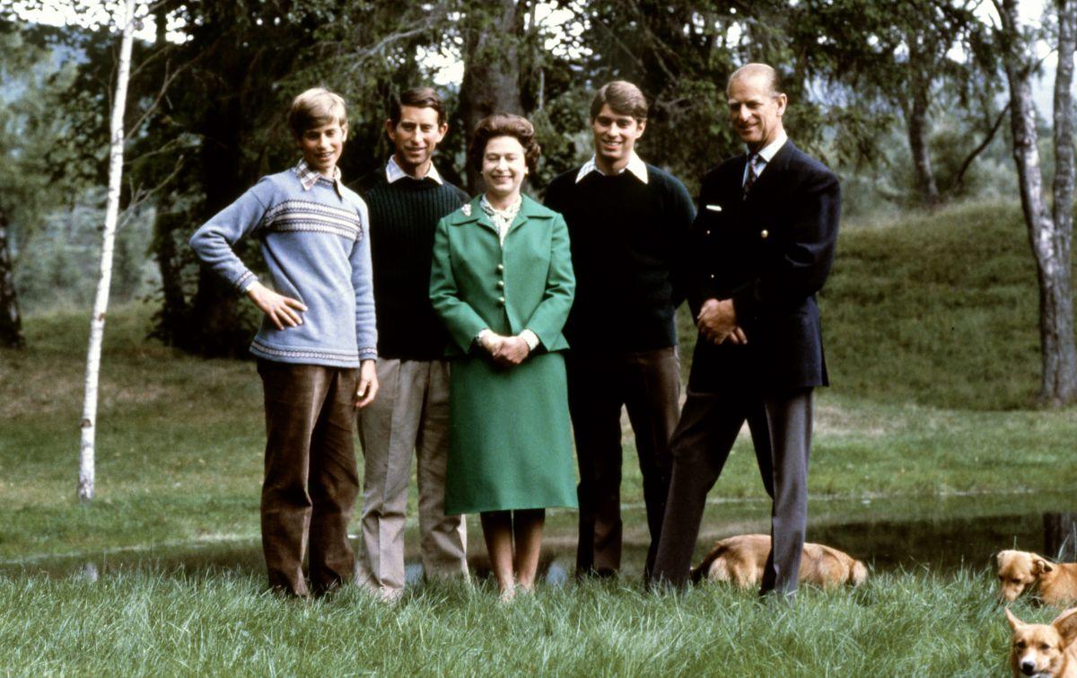 Reina Isabel y el duque de Edimburgo.