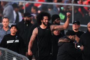 Disculpa silenciosa a Colin Kaepernick: la NFL admite que se equivocó al no escuchar antes a sus jugadores