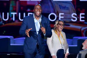 'Magic' Johnson llama a los jóvenes a manifestarse también en las urnas de cara a las elecciones presidenciales
