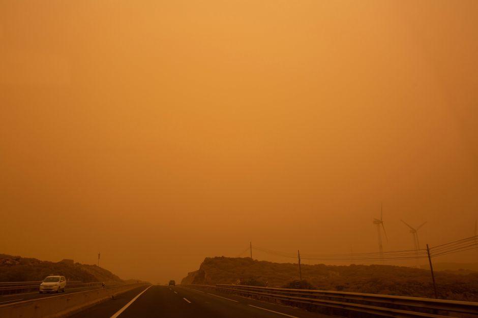¿De isla a desierto?, Puerto Rico sufre llegada de polvo de Sahara con densas nubes y calor