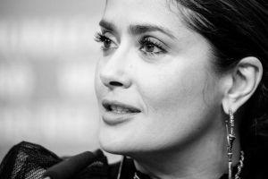 """Salma Hayek recordó a Prince en su cumpleaños: """"Extraño nuestras conversaciones de dos horas"""""""