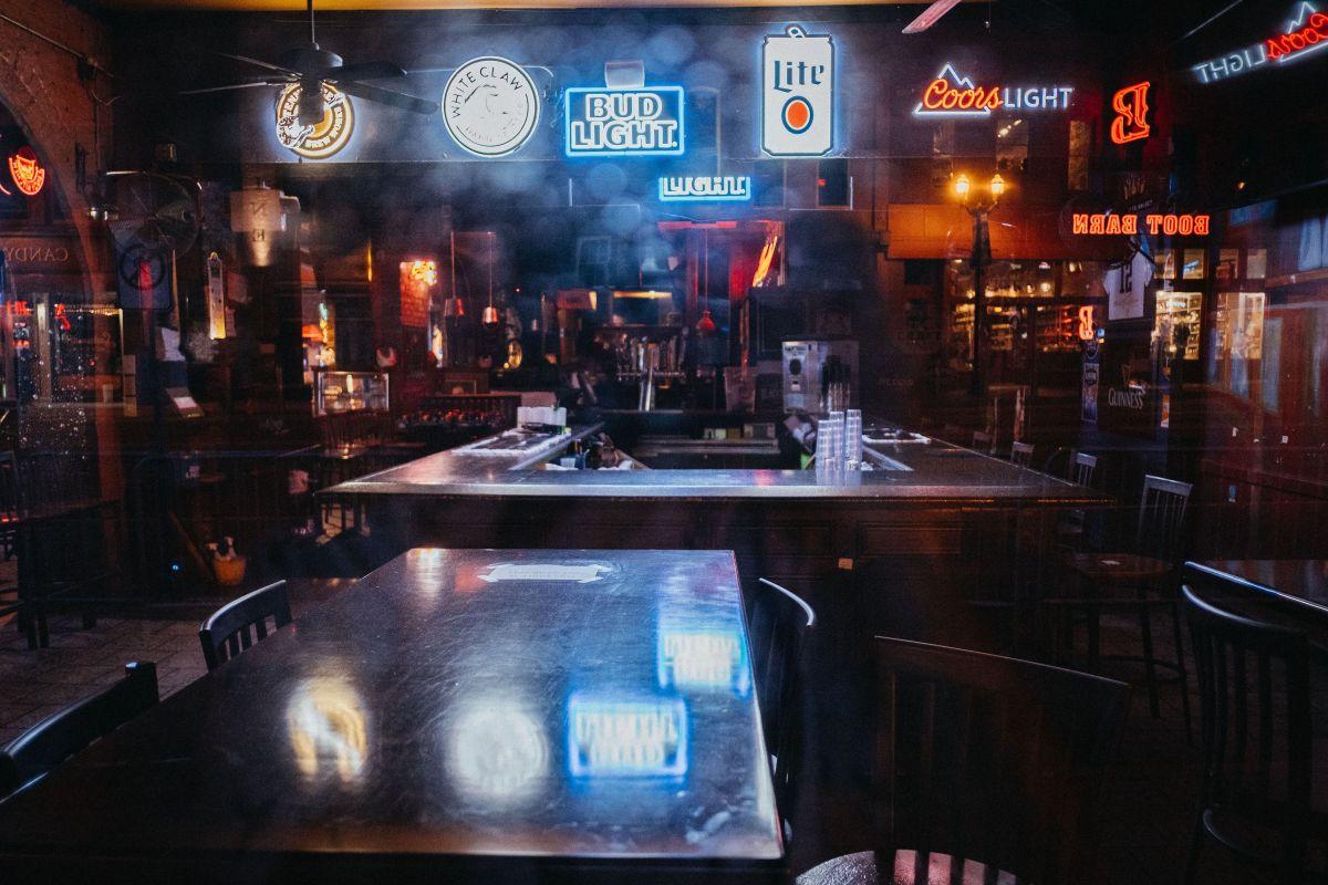 No todos los condados de Texas permitirán que abran sus bares; en Houston la respuesta es no