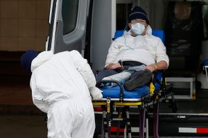 Aumentan las hospitalizaciones por COVID-19 en los condados californianos de Orange y Ventura