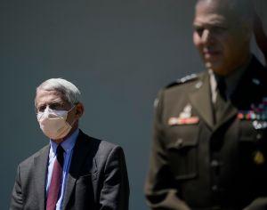 """Fauci: EE.UU. no debe preocuparse por """"segunda"""" ola de coronavirus porque aún está en la primera"""