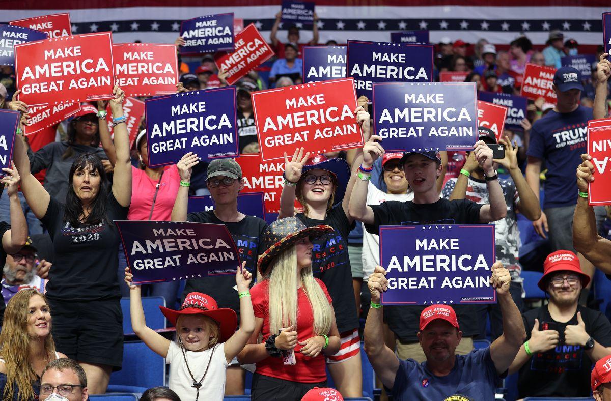 Coronavirus: 6 miembros de la campaña de Trump que trabajan en el mitin de Tulsa tienen COVID-19