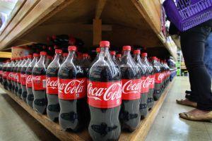 Coca-Cola suspende la publicidad en todas sus plataformas de redes sociales durante 30 días