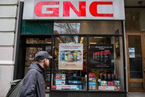 GNC se declara en bancarrota y anuncia que  cerrará 1,200 tiendas en Estados Unidos