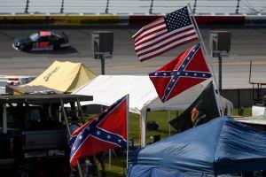 Nascar da un paso al frente contra el racismo y prohíbe el uso de la bandera confederada en sus carreras