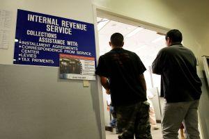 Los 10 estados con mayor recaudación de impuestos que pagan los inmigrantes indocumentados al IRS