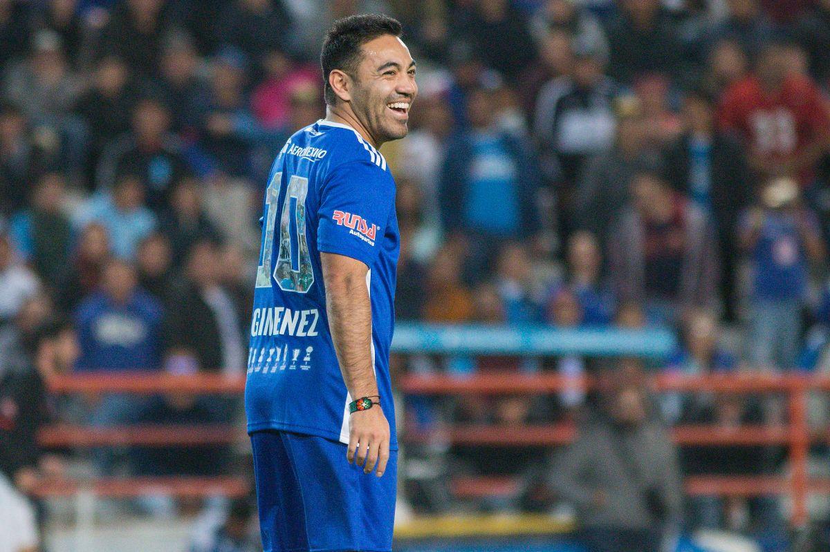 Marco Fabián terminó su contrato y su futuro es incierto.