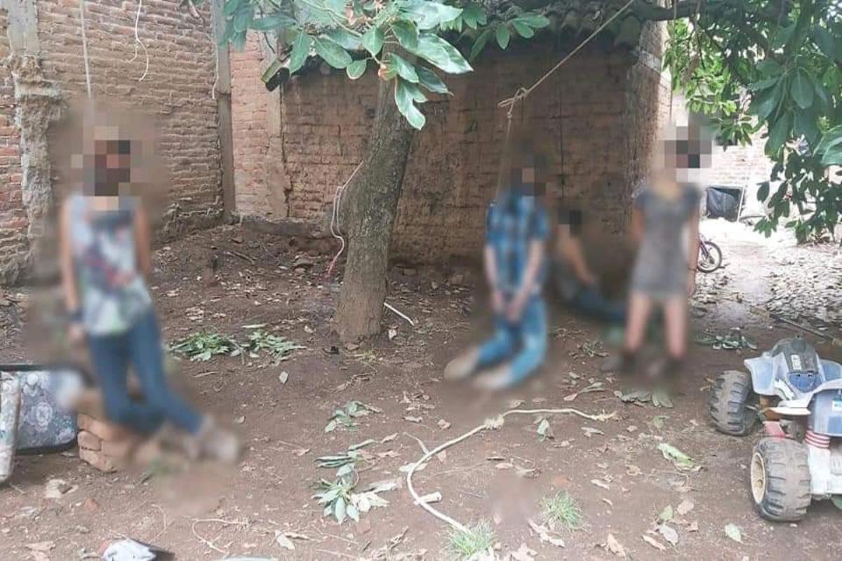 Sicarios entran a casa y ahorcan a familia completa; jovencita de 16 años entre las víctimas