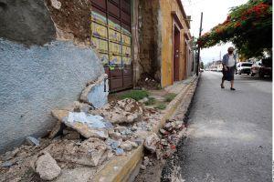 Suman 10 muertos en Oaxaca por sismo, ajustan magnitud a 7.4