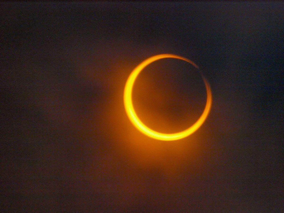 El eclipse anular también es conocido como anillo de fuego.