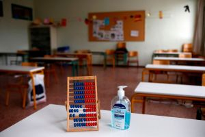 Más de 97,000 niños con coronavirus en dos semanas, cuando se acerca el inicio del curso escolar
