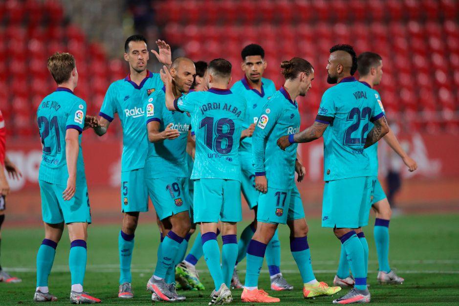 El Barcelona volvió a la acción en La Liga con un contundente triunfo para mantener el liderato
