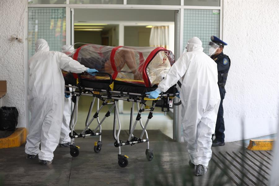 México rebasa las 17,000 muertes por coronavirus; la estabilización aún no se vislumbra, alertan autoridades