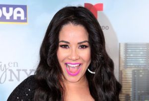 """""""No te gusta con pelo, ¿verdad?"""": Carolina Sandoval causa revuelo al dedicarle estas palabras a su esposo"""