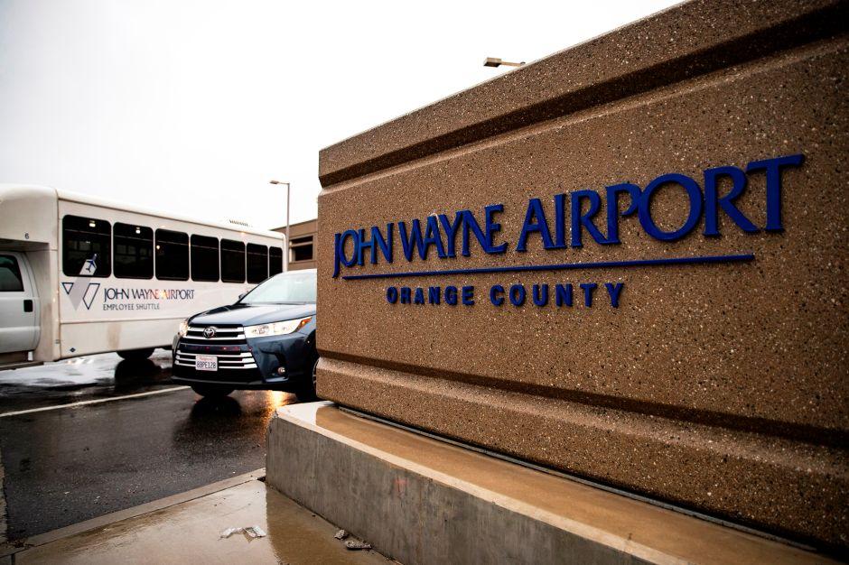 Impulsan propuesta para cambiar el nombre del aeropuerto del Orange County