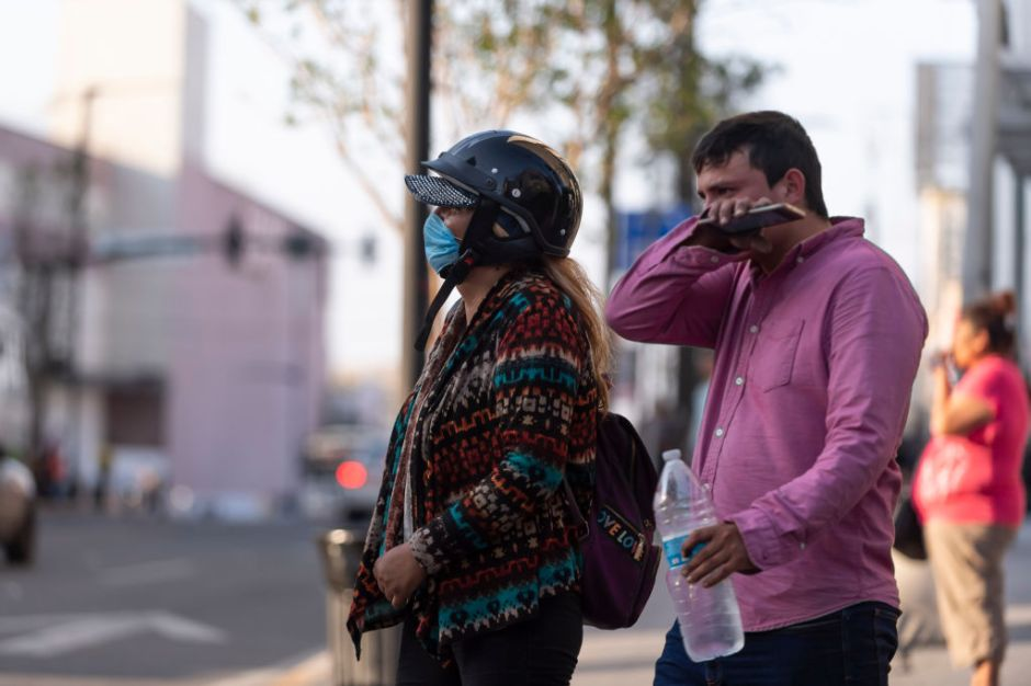 Nuevo León castigará hasta con tres años de cárcel a quienes contagien coronavirus