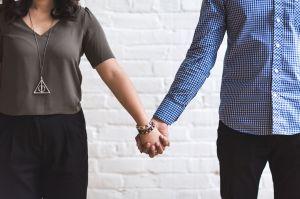 Enmienda a ley CARES permitiría que matrimonios mixtos reciban cheque de estímulo