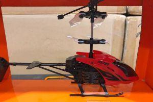 Decomisan más de 4,600 drones pirata en un cargamento de China