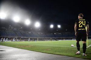Vuelve el fútbol, vuelve la magia: le clavaron un gol olímpico a David Ospina en la semifinal de la Copa Italia