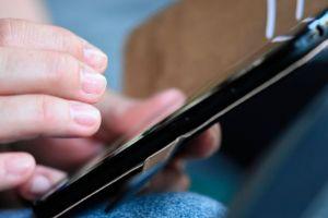Una app te da $25,000 si logras mantener el dedo tocando tu teléfono por mucho tiempo