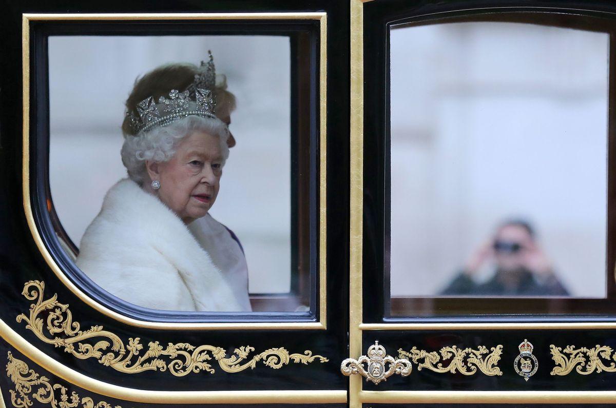 Las precauciones que ha tomado la Reina Isabel II en su primera aparición pública en meses
