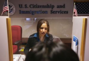 6 claves sobre reapertura de oficinas de USCIS para trámites migratorios
