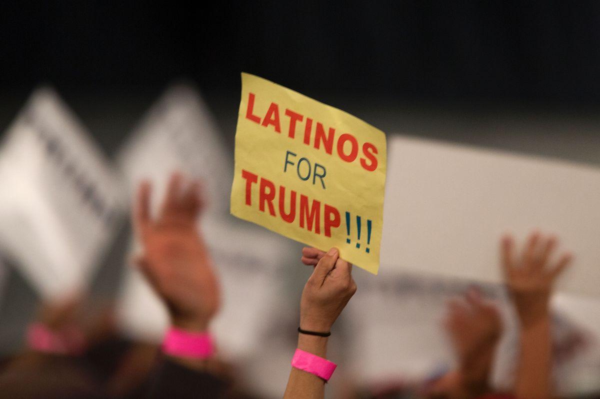 Experto indica que el apoyo de los latinos a Trump es en realidad al Partido Republicano.