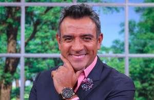 La suerte le sonríe a Héctor Sandarti, parece que lo mejor que le pudo pasar fue su despido de Telemundo