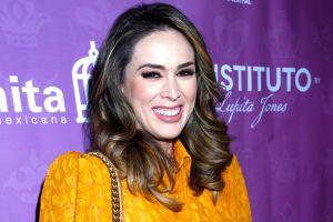 Jacqueline Bracamontes regresa a las telenovelas con 'La Suerte de Loli' en Telemundo
