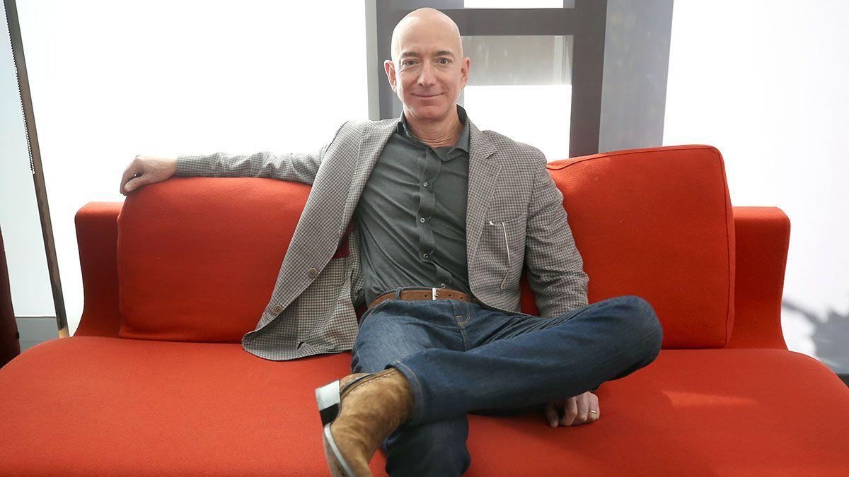 Jeff Bezos es el más rico del mundo, y cada vez por más diferencia.