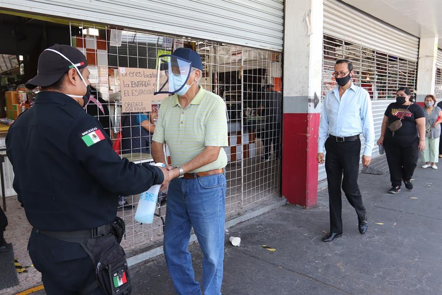 Siguen creciento los contagios en México.