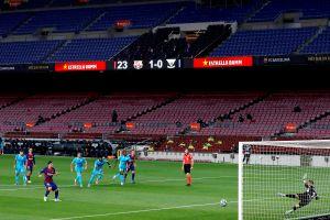"""Compra tu jersey y """"asiste"""" al Camp Nou: el Barça pone a la venta camisetas personalizadas para apoyar al equipo"""