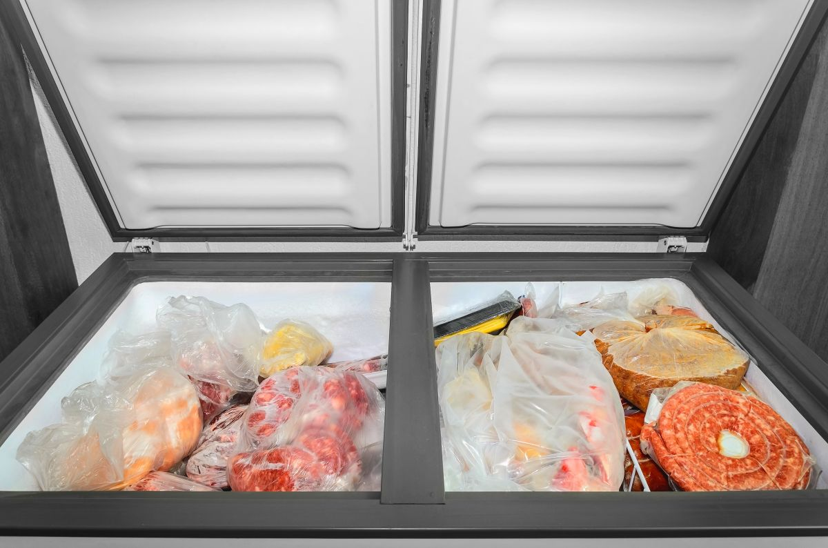 Los mejores congeladores para guardar la comida que no te cabe en tu nevera