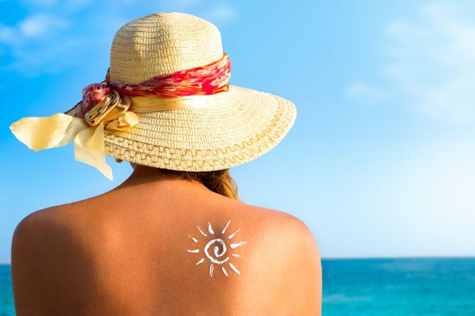 10 consejos para cuidar tu piel expuesta al calor excesivo