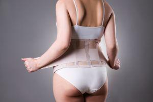 ¿Las fajas reductoras realmente reducen la cintura?