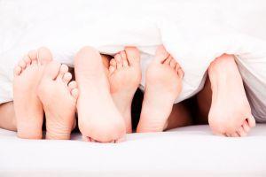 Se buscan participantes para investigación sobre tríos sexuales y prácticas sadomasoquistas