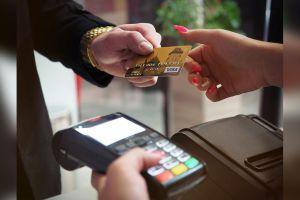 Conoce la función secreta de tu tarjeta de crédito que evita que te contagies de coronavirus