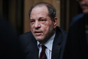 Se revela que Harvey Weinstein tiene los genitales deformados