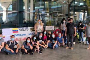 Venezolanos varados en España por pandemia de COVID-19 piden apoyo para regresar a su país