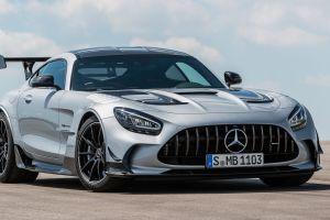 Revelan Mercedes-AMG GT Black Series 2021 con motor de cigüeñal plano y 720 caballos de fuerza